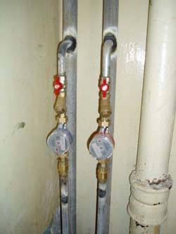 Замена стояков горячей и холодной воды в Миассе, монтаж стояков водоснабжения